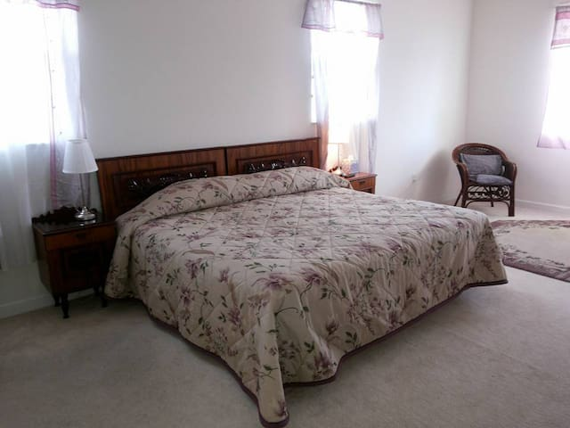 AMP Bed & Breakfast Master Bedroom