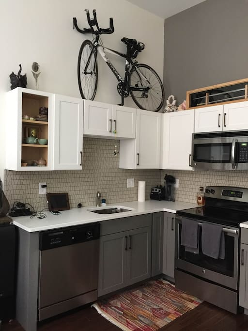 Full kitchen and fridge at your disposal
