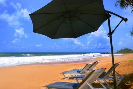 Villa Amore Mio Beach - Maha Induruwa