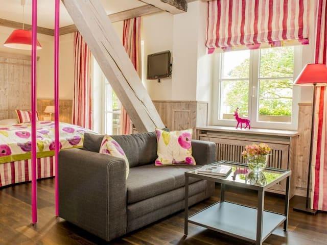 """Doppelzimmer """"Komfort"""" Beispielbild"""