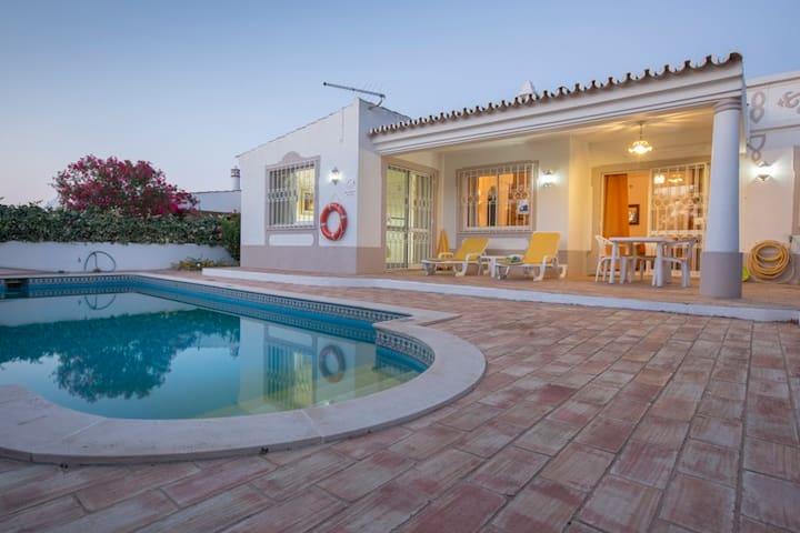 V I V E N D A *3 ROSAS* Guia, Albufeira, Algarve