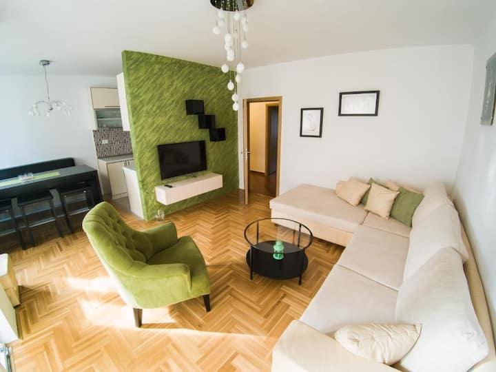 Peaceful modern apartment