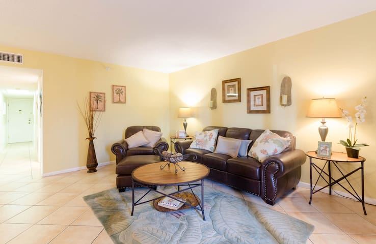 Indian Rocks Beach-2 Bedroom Condo - Indian Rocks Beach - Apartament