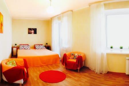 Апартаменты на Шеронова 10 - Khabarovsk - Apartment