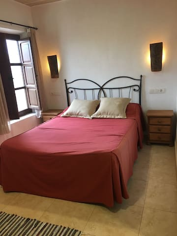 Casa Arrendador - Room 4 - Zarra - Bed & Breakfast