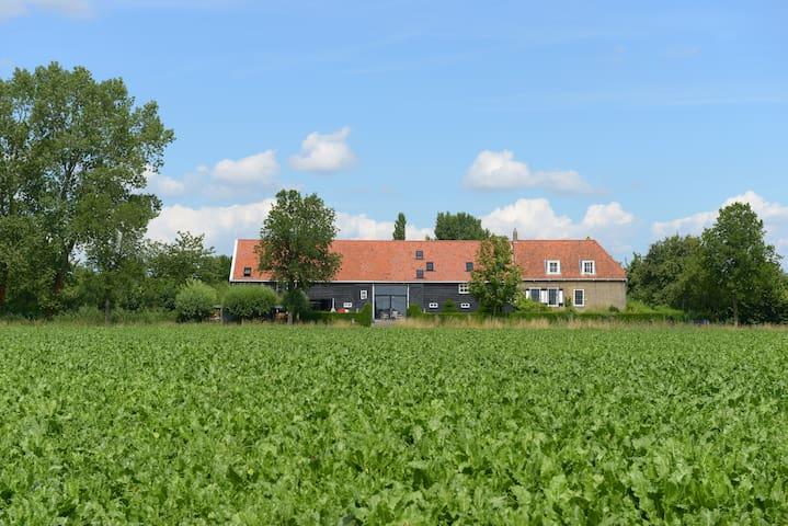 Historisch boerderij-familiekamer