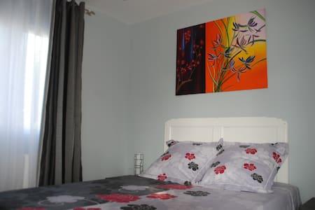 chambre  privée cadre magnifique - Montescot