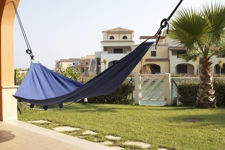 Relax in front of sea w garden  - Scanzano Jonico - Appartement