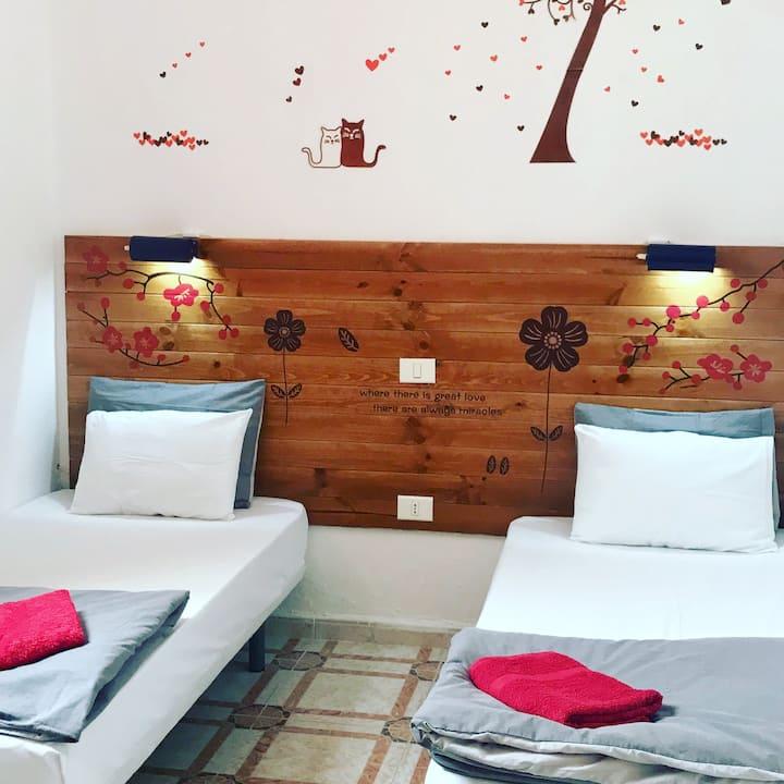 Canary Sun Hostel- Habitación privada dos camas