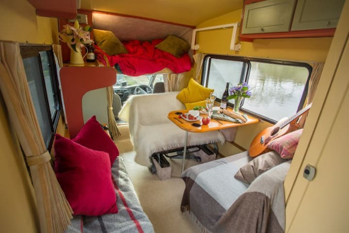Quirky and comfy campervan in Brighton