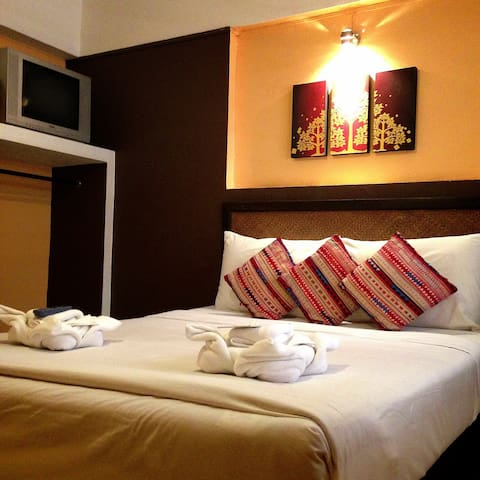 DOUBLE ROOM WITH A/C - Chiang Mai - Appartement