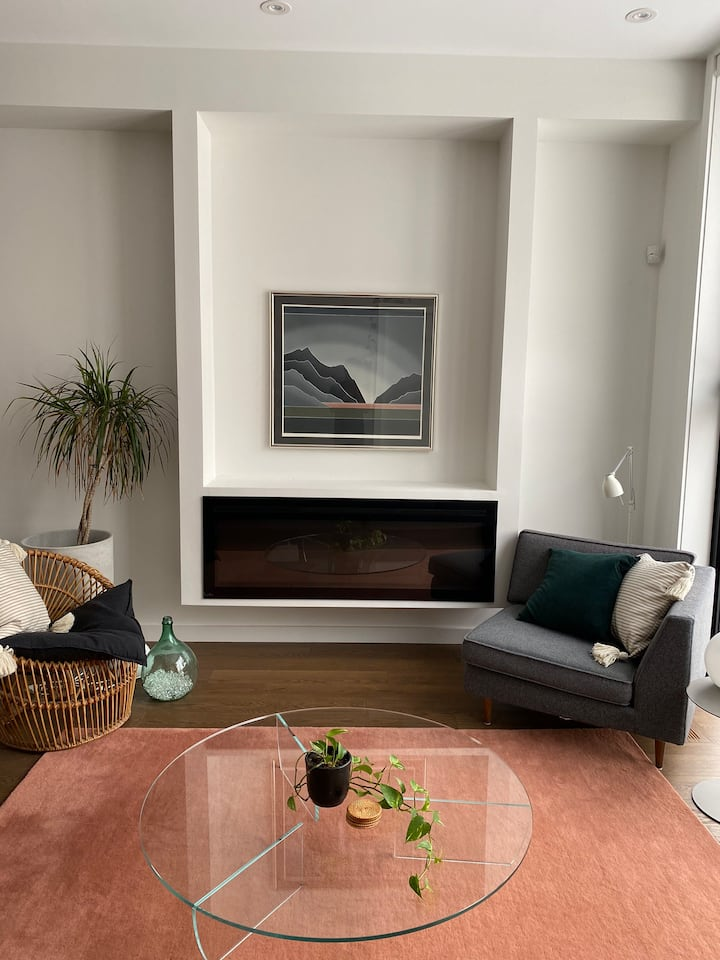 Luxe Private Bed/Bath on Separate Floor Bellwoods