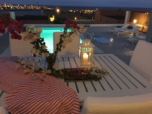 """""""VILLA GOLF"""" WITH SEA VIEWS ,PRIVATE -HEATED POOL."""