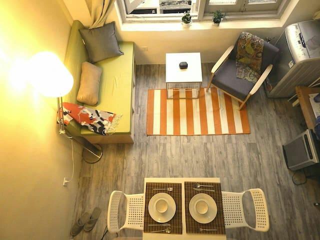 Comfy loft , all you need*邻近外滩,新天地.人民广場.地铁一.二号线