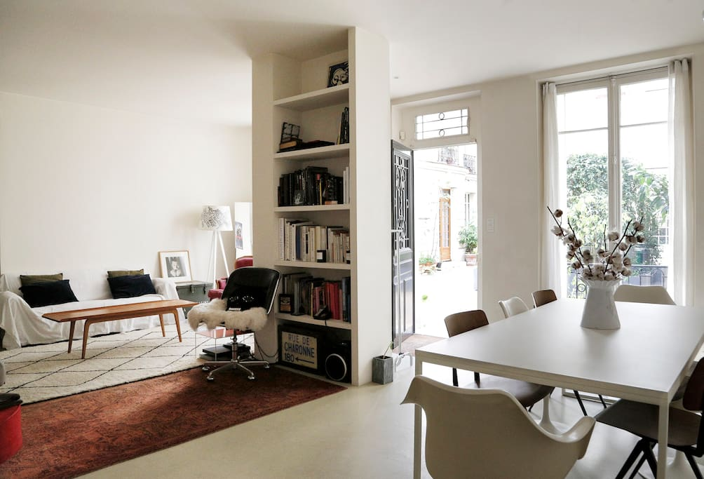 Charming loft apt near montmartre apartments for rent in paris le de fran - Achat loft ile de france ...