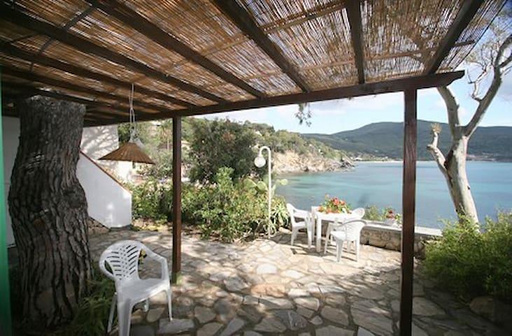 Isola d'Elba, loc. Forno, Bilo 1 - Portoferraio - House