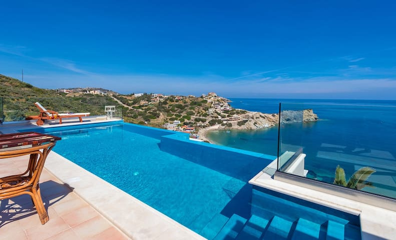 Villa Lygaria, 2 BD, 1 BA, infinity private pool