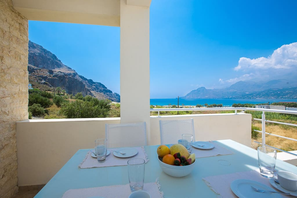 You can have your breakfast at the balcony and enjoy the sea view!