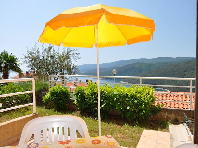App with terrace with sea view - Rabac - Apartamento