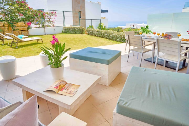 Wonderful apartment with sea view in Marbella