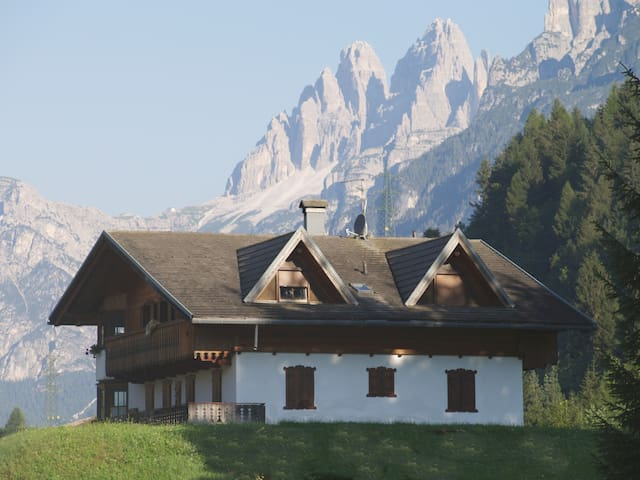 Panoramic apartment in the Dolomites