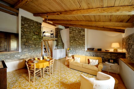 Charmy and chic loft open space in Castellabate - Castellabate - Byt