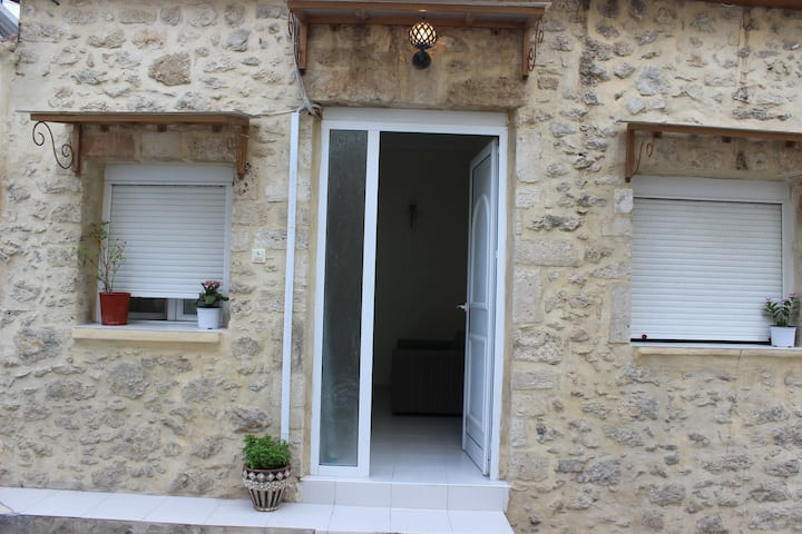 Quiet house in Heraklion center