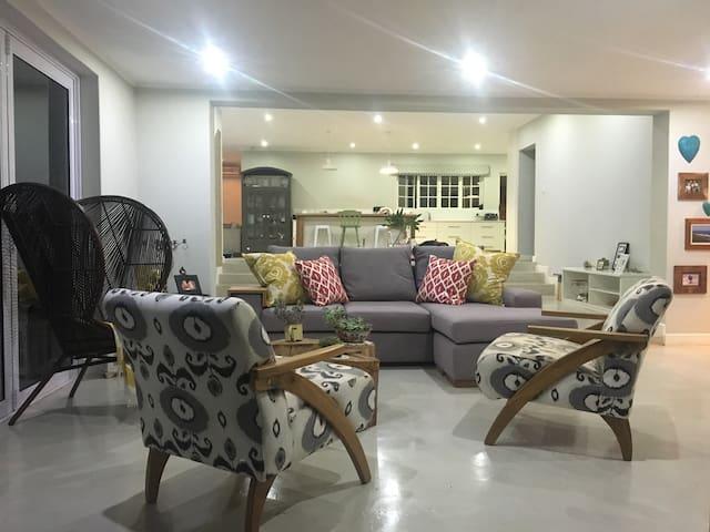Family Home in Glen Anil - Durban - Durban North - Talo