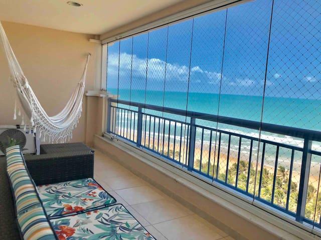 Apartamento no 14° andar com vista para o mar