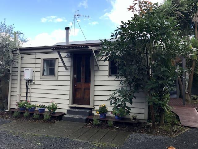 Caldwell Cottage - Hamilton - Hus
