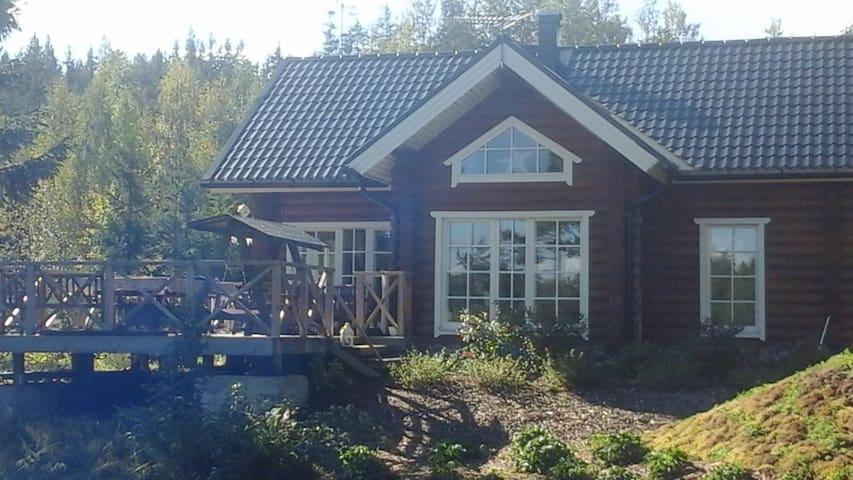 Hirsitalo/ Loghause 120m2 by Saimaa