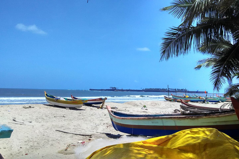 fishing boats on dandi beach