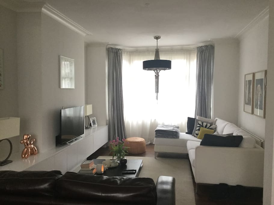 Lounge, front room