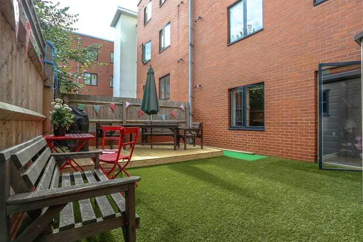 Large garden with seating area