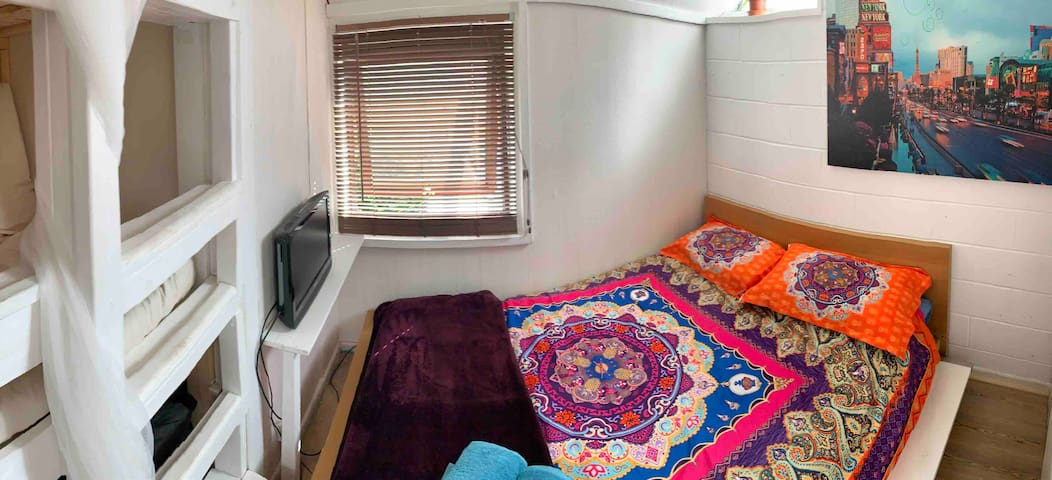 Double bed + 3 bunks in Boho Home.