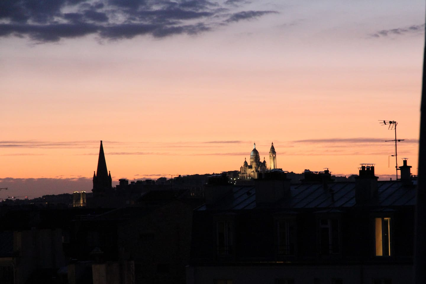 Lookout from the living room. Sacré Coeur at Sunset.