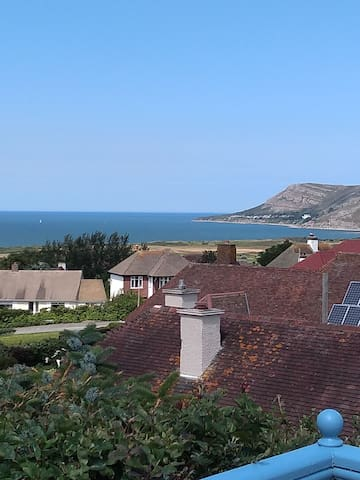 Private double bedroom Llandudno with a view!