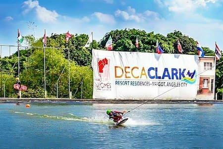 Deca Clark Near Airport Backpackers