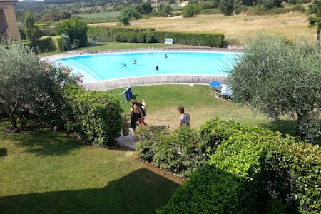 Very nice view, AC, Pool & Garage!! - Costermano