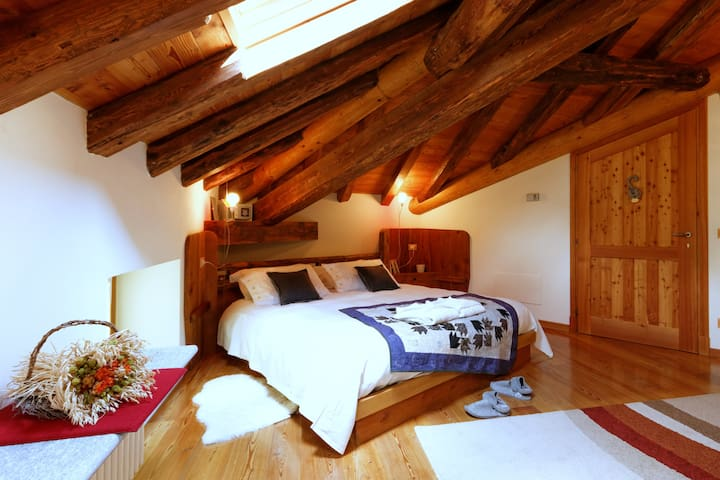 charming B&B with  Monte Rosa view