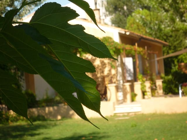 En Provence, en famille, 2 chambres