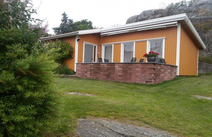 Stuga på Koön, nära Marstrand - 44266 Marstrand - Chalet