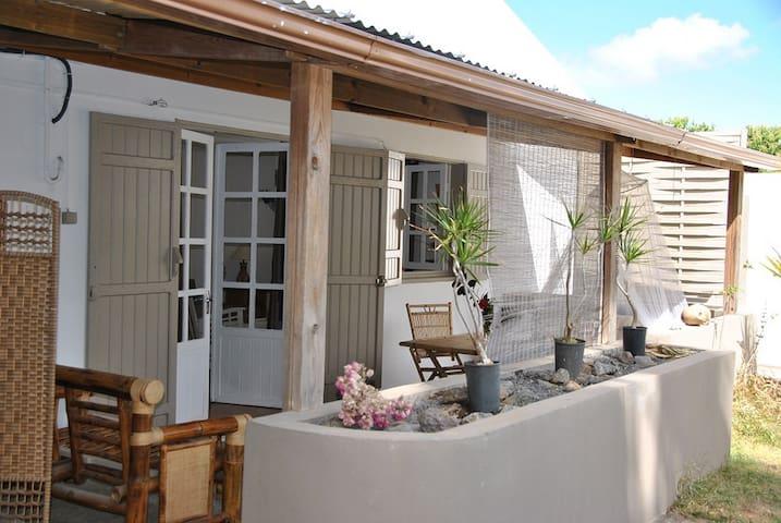 Côté Cannelle & Spa - Case Bambou - Saint-Gilles-les-Hauts