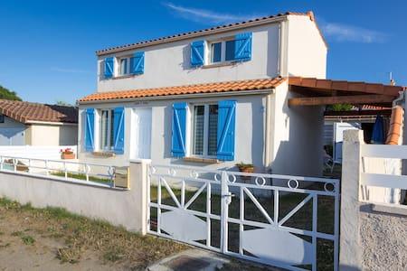 Maison de bord de mer - 300m plage - La Plaine-sur-Mer - Dom
