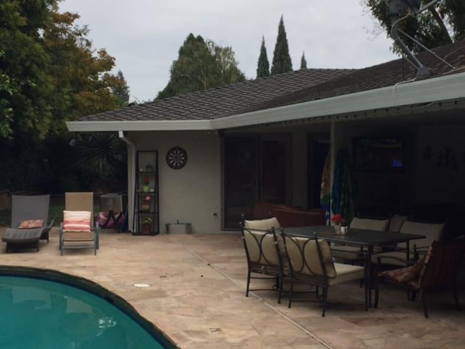 Backyard with Darts, Bocce, TV.