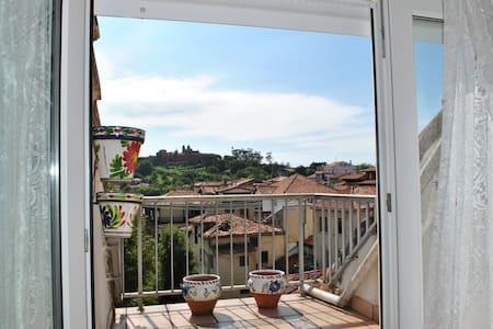 Apartamento, 1 hab. con terrazas - Comillas