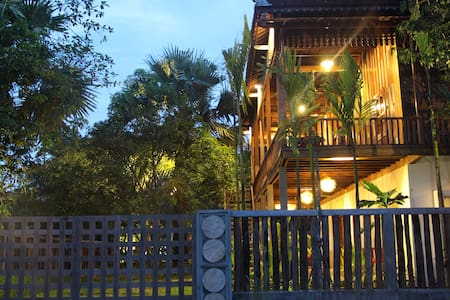 ISANN LODGE - Unique Khmer Villa+Pool - Krong Siem Reap - House