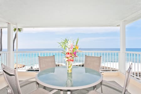 This Ocean Front Condo Is Magic! - 公寓