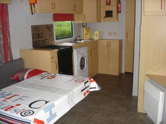 MOBIL HOME 2 CH 5 A 7 PERS / 7 NUITSS / CHARMETTES