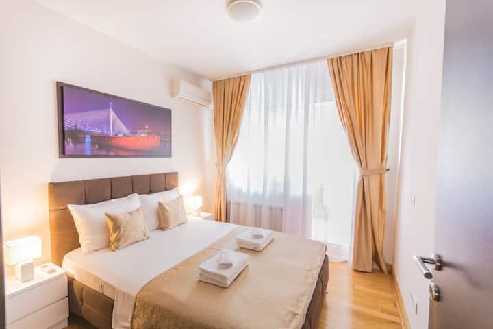 ApartHotel FeelBelgrade - 2 bedroom apartment A101